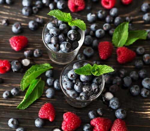 Photo of Quali sono i frutti di bosco più popolari e perché tutti dovrebbero scoprire le loro straordinarie proprietò