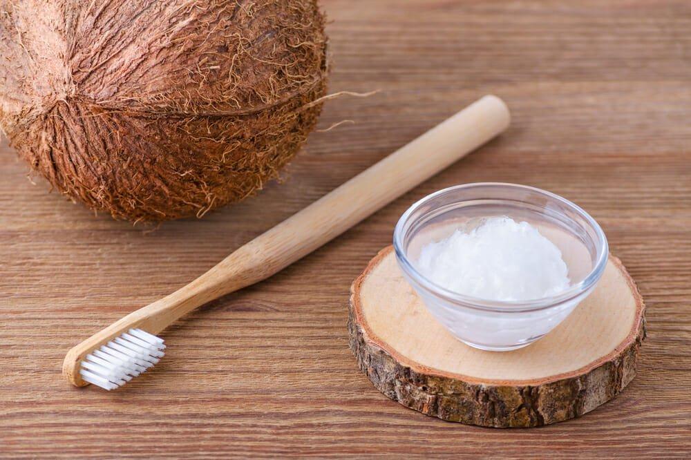 Photo of Provare un dentifricio fatto in casa: ecco la ricetta semplice di un dentifricio in polvere