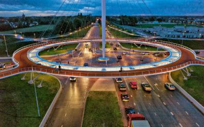 Un incrocio sopraelevato dedicato alle bici: in Olanda naturalmente