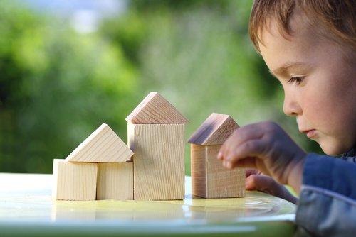 Photo of Ecogiocattoli: giocare con le costruzioni in eco-legno