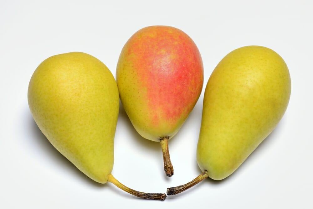 Photo of Pere frutto dalle molteplici proprietà e benefici per la salute