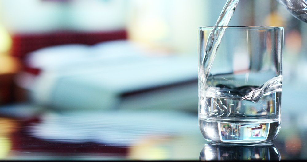 Photo of Acqua distillata: cos'è, a cosa serve e come farla in casa