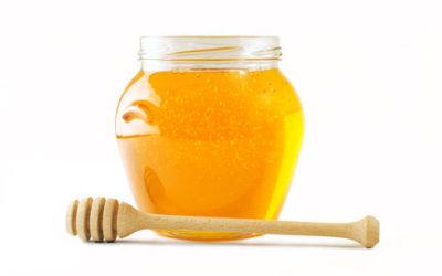 Miele, proprietà e utilizzi sia in cucina che per la bellezza