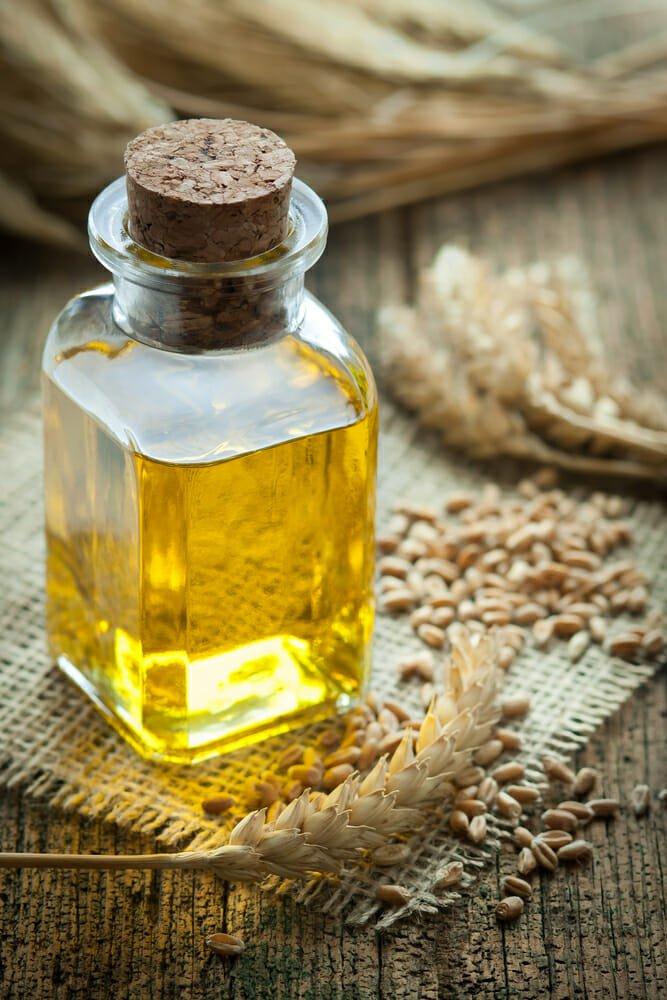 Photo of Olio di germe di grano: proprietà e utilizzi in cosmetica ed in cucina