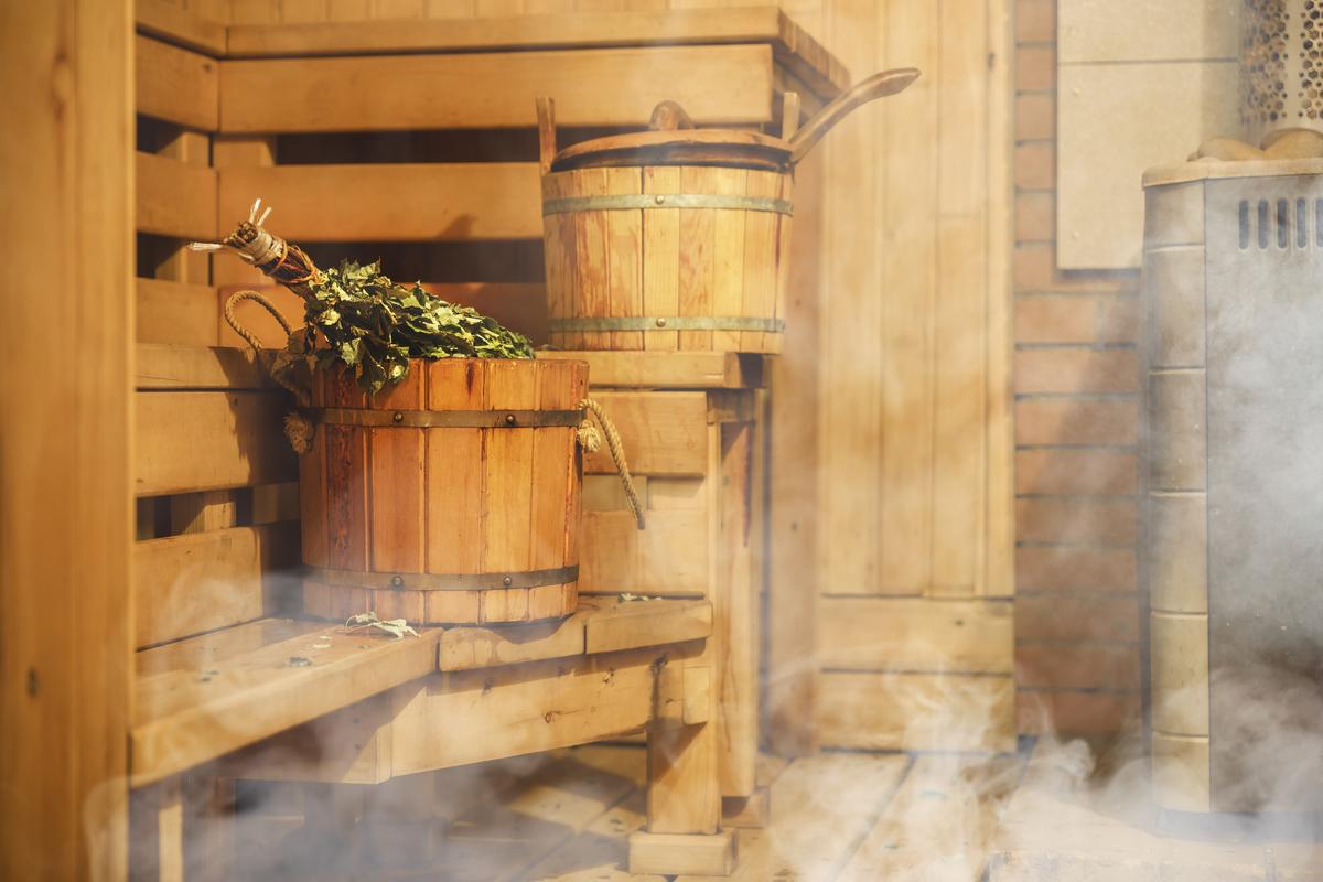 Sauna In Casa Consumi sauna finlandese: benefici e caratteristiche di questo