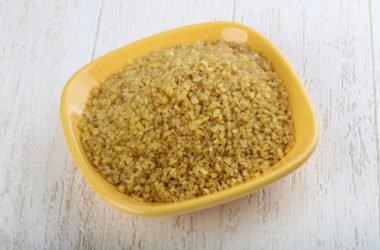 """Alla scoperta del bulgur: proprietà e ricette da provare con il """"grano spezzato"""""""