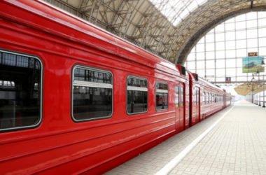 Viaggiare in treno è più ecologico e veloce dell'aereo