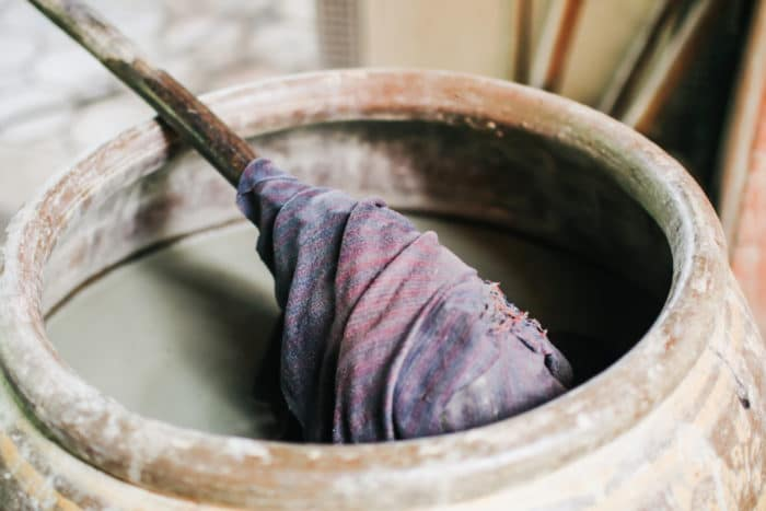 Colorare i tessuti in maniera naturale