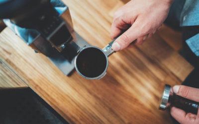 Come riutilizzare i fondi di caffè: spunti e suggerimenti