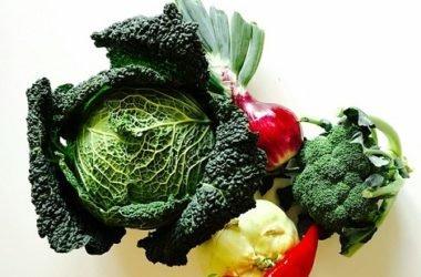 Uno degli ortaggi più nutrienti e salutari che si conoscano: il cavolo