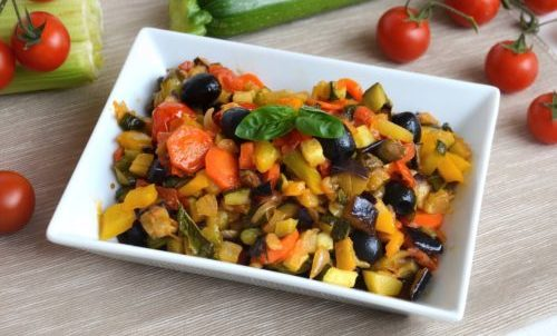 Photo of Caponata di verdure: due varianti da provare