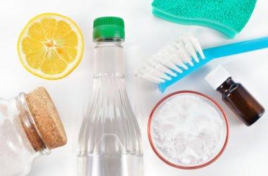 Le ricette per un ammorbidente naturale fai da te: facile, veloce ed ecologico