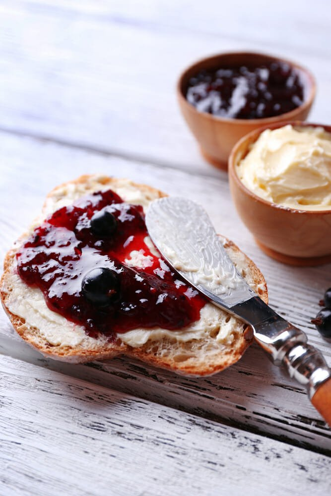 Photo of La guida facile per fare la marmellata in casa: tutte le ricette con la frutta di stagione