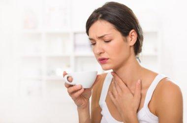 Come prevenire e curare il mal di gola in modo naturale nei casi più lievi