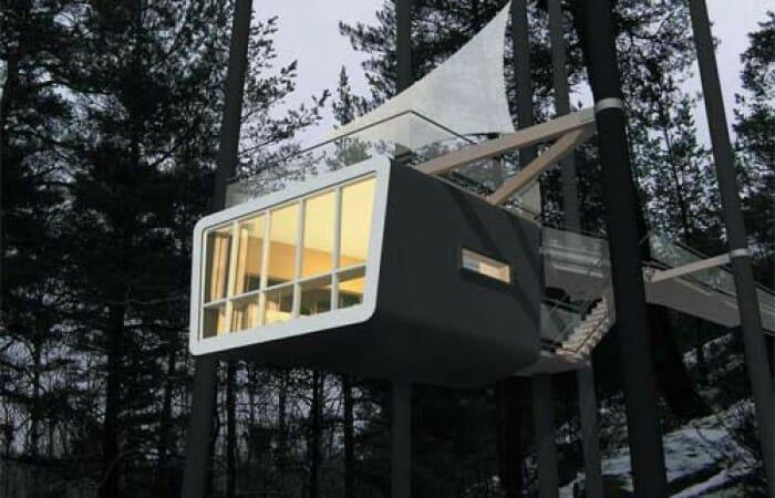 Photo of Un albergo sugli alberi: il Tree Hotel di Harads in Svezia e le stanze-nido sugli alberi
