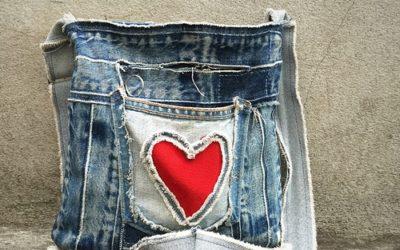Come riciclare jeans: idee di riciclo creativo fai da te