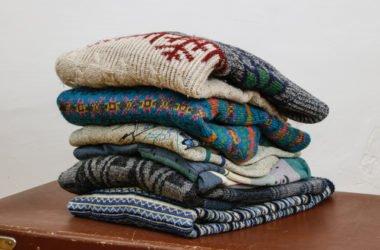 Le migliori idee per riciclare vecchi maglioni in modo creativo e ricavarne oggetti utili