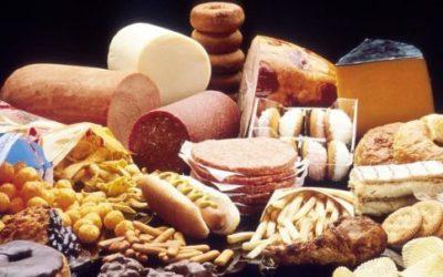 Dieta Settimanale Per Colesterolo Alto : Cibi da evitare per il colesterolo alto tuttogreen
