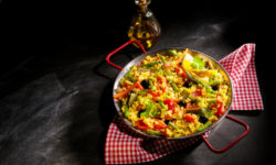 Paella vegetariana: ricetta originale ed ingredienti