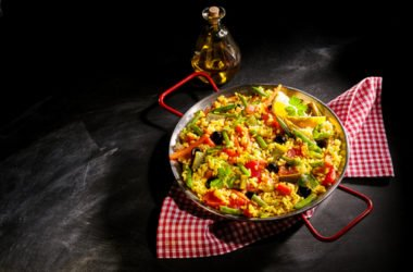 Paella vegetariana: ricetta originale ed ingredienti