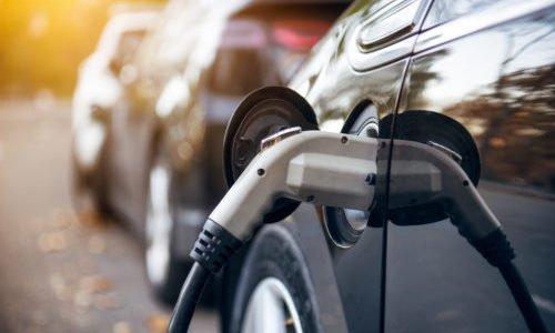 Photo of Assicurazioni per auto elettriche: si risparmia davvero?
