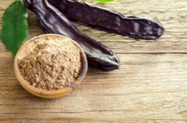 Alla scoperta della farina di carrube: usi, benefici e controindicazioni