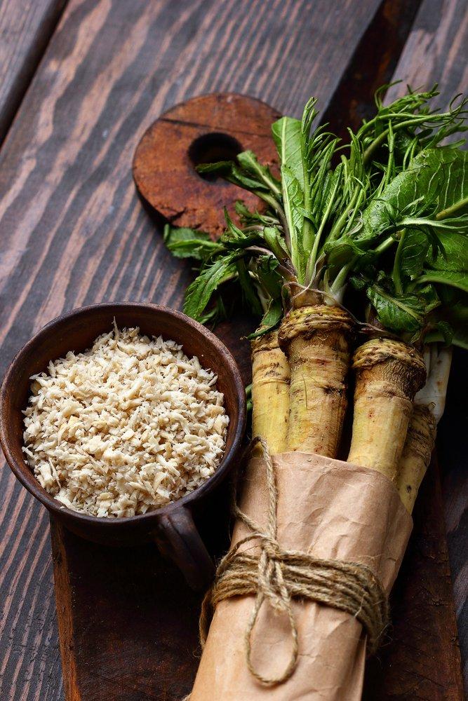 Photo of Benefici e utilizzi del rafano, dalla cui radice si ottiene la celebre salsa cren