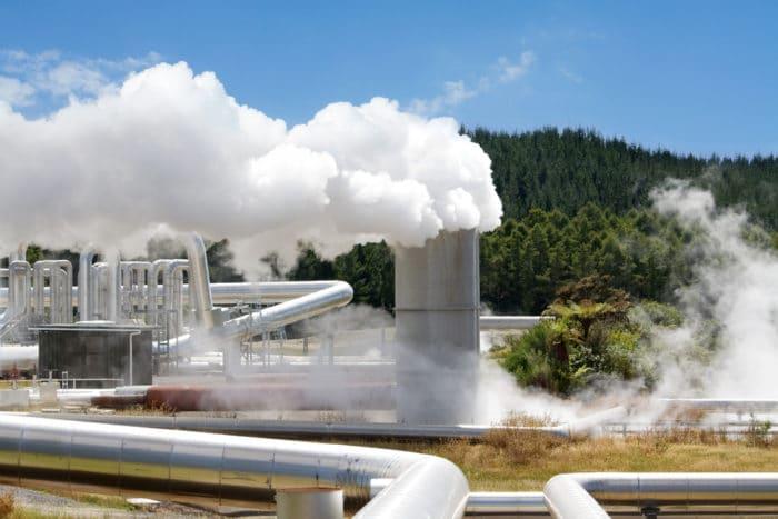 energia geotermica: foto di una centrale geotermica
