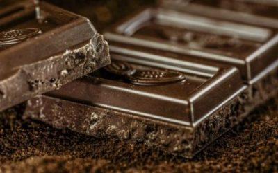 Cioccolato fondente: ingredienti, proprietà ed effetti sulla dieta