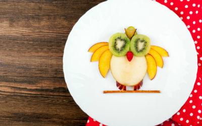 Come far mangiare frutta e verdura ai bambini: ricette e trucchi