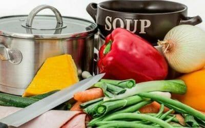 Brodo vegetale: ricetta di base da provare e utilizzi