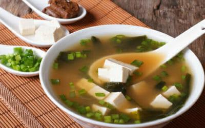 Zuppa di miso: la ricetta casalinga