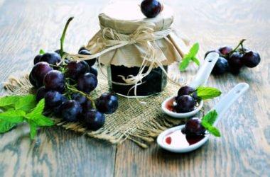 Come preparare in casa la marmellata di uva senza zucchero e pectina