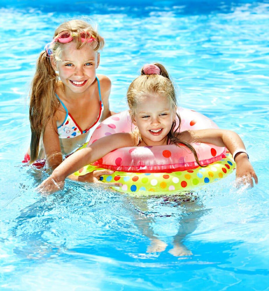 Photo of Perché non bisogna fare pipì nella piscina