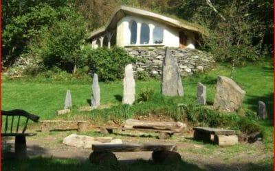 Cae Mabon, il villaggio celtico che sembra provenire dal mondo delle fiabe