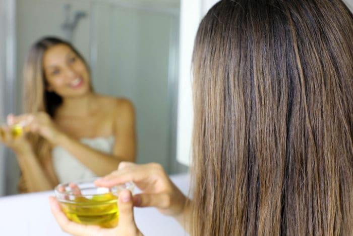olio macadamia sui capelli