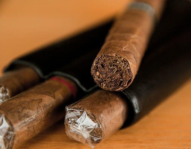 Photo of Perché il fumo fa così male? I danni del fumo, spiegati con parole semplici