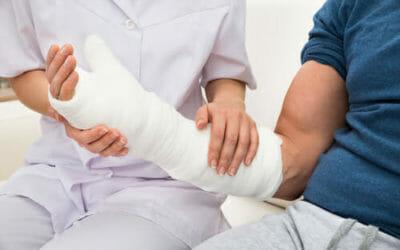 Frattura ossea: sintomi, tipologie e trattamenti necessari