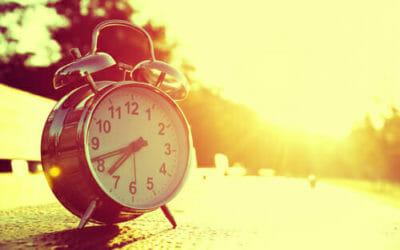 Ora legale anticipa di un'ora, ma si risparmia?