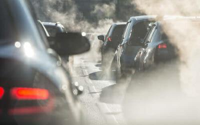 Allarme inquinamento: in Europa 29 milioni di auto con emissioni fuori controllo, 3 in Italia