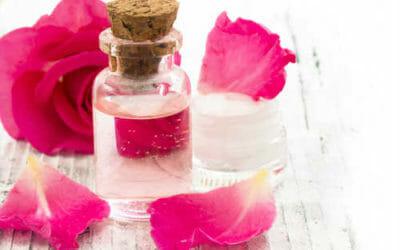 Come fare l'acqua di rose, eccovi gli ingredienti e la ricetta da seguire
