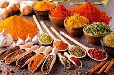 Spezie: proprietà, benefici e consigli per utilizzarle al meglio in cucina