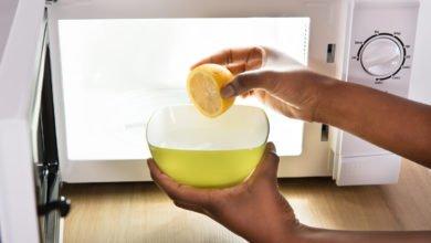come pulire il microonde con metodi naturali