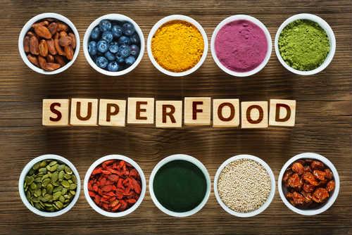 Photo of Ecco i veri 10 super alimenti naturali o superfood: la guida per orientarsi