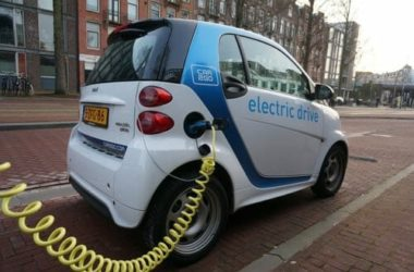 Auto elettriche, come funzionano e quali sono i vantaggi