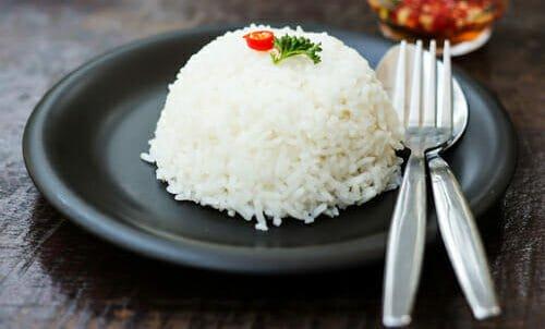 Photo of Come funziona la dieta del riso e quali sono gli effetti negativi di un regime monoalimentare