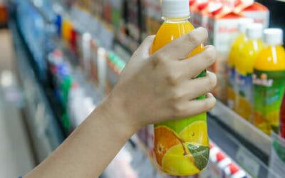 Scegli il succo di frutta in modo consapevole: ecco la guida per un prodotto spesso poco genuino