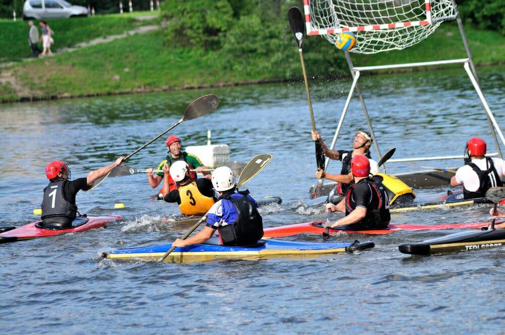 Photo of Kayak: lo sport della canoa è divertente e completo e lo possono fare tutti