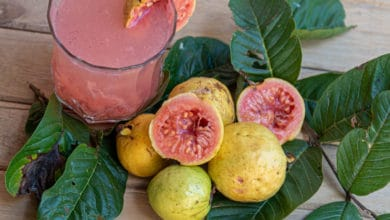 Photo of Guava: un frutto tropicale dalle interessanti proprietà anti-ossidanti