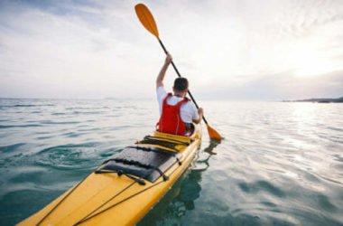 Kayak: lo sport della canoa è divertente e completo e lo possono fare tutti